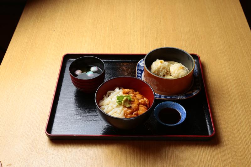 雲丹イカ二色丼セット